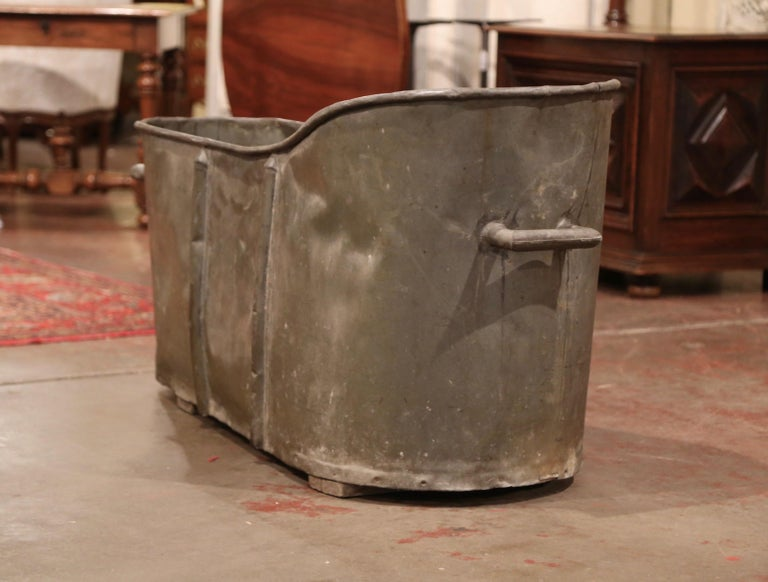 19th Century French Napoleon IIII Patinated Zinc Bath Tub For Sale 2