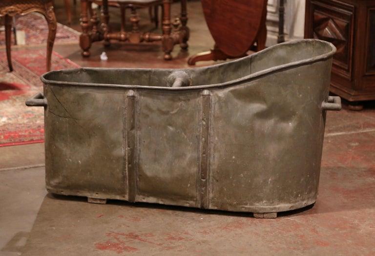 19th Century French Napoleon IIII Patinated Zinc Bath Tub For Sale 3