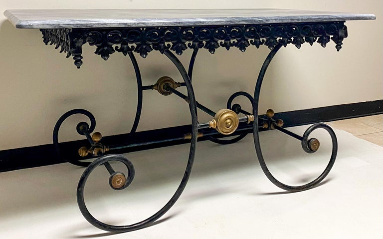 19th Century French Neoclassical Ram's Head Iron & Marble Baker's Table For Sale 3
