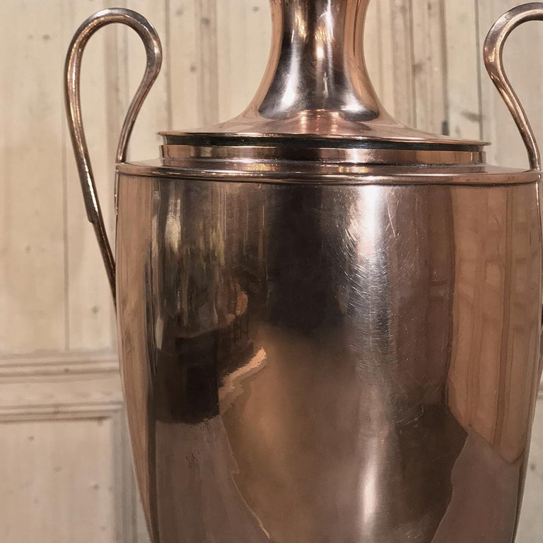 19th Century French Neoclassical Copper and Brass Tea Server or Coffee Urn For Sale 1
