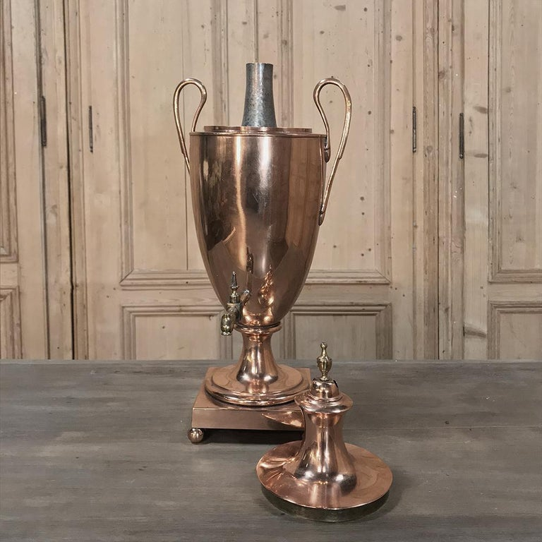19th Century French Neoclassical Copper and Brass Tea Server or Coffee Urn For Sale 2