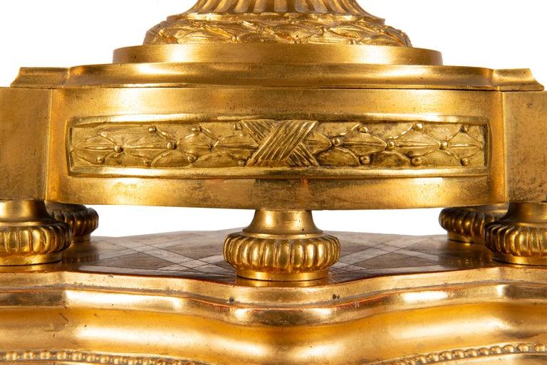 19th Century French Ormolu Urn Shape Mantel Clock For Sale 8