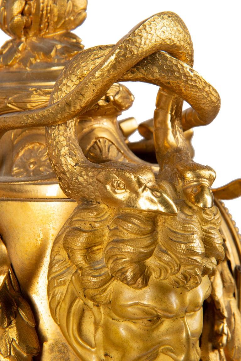 19th Century French Ormolu Urn Shape Mantel Clock For Sale 4