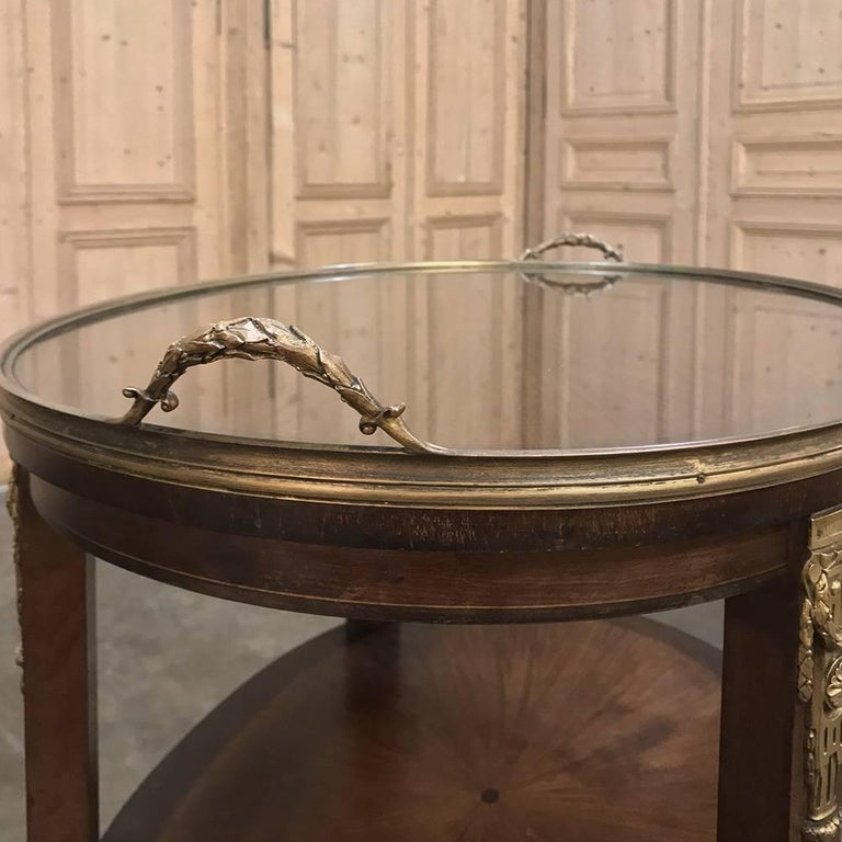 19th Century French Oval Marquetry and Ormolu Occasional Table with Glass Tray For Sale 1