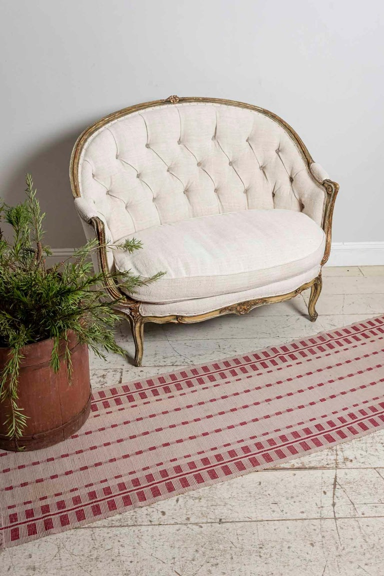 19th Century French Painted Button Backed Linen Two-Seat Carved Curved Sofa For Sale 8