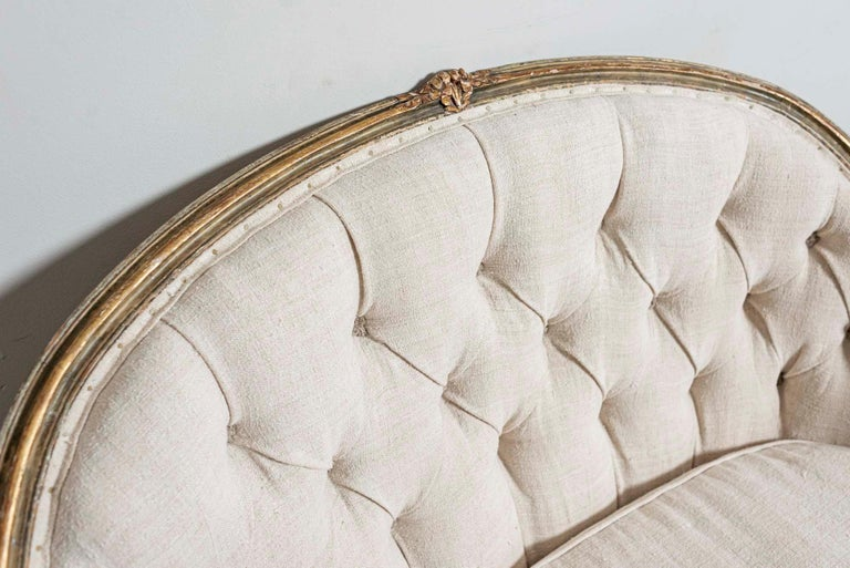 19th Century French Painted Button Backed Linen Two-Seat Carved Curved Sofa For Sale 2
