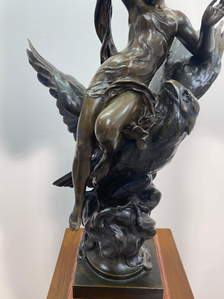 Classical Roman 19th Century French Patinated Bronze Statue For Sale