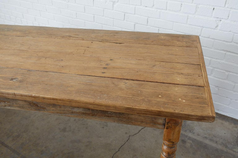 19th Century French Pine Farmhouse Harvest Table In Good Condition For Sale In Oakland, CA