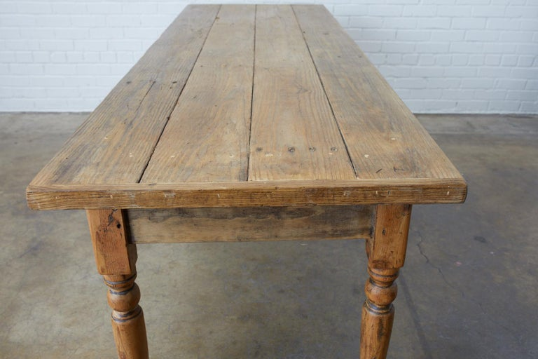 19th Century French Pine Farmhouse Harvest Table For Sale 2