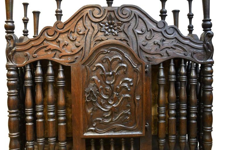19th Century French Provencal Panetière Bread Cupboard in Carved Chestnut For Sale 5