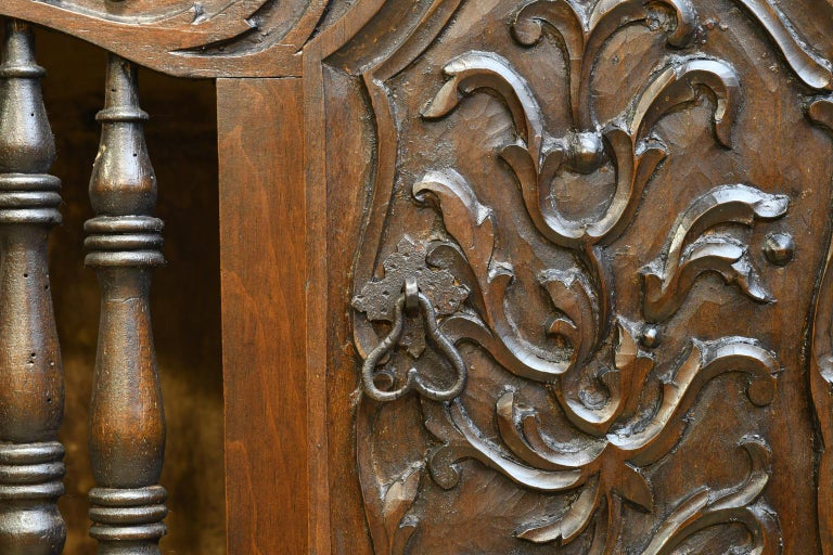 19th Century French Provencal Panetière Bread Cupboard in Carved Chestnut For Sale 6