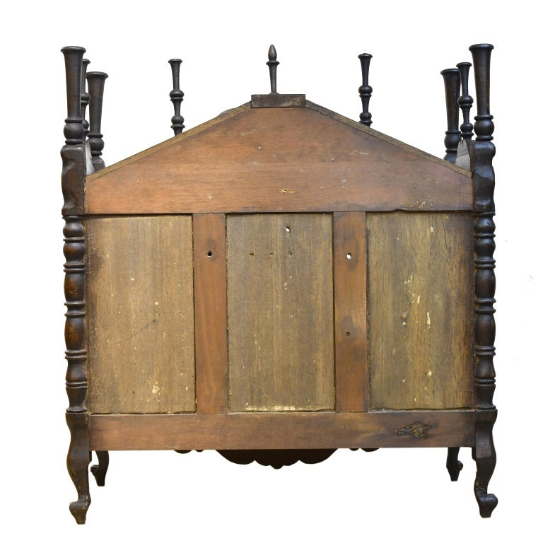 19th Century French Provencal Panetière Bread Cupboard in Carved Chestnut In Good Condition For Sale In Miami, FL