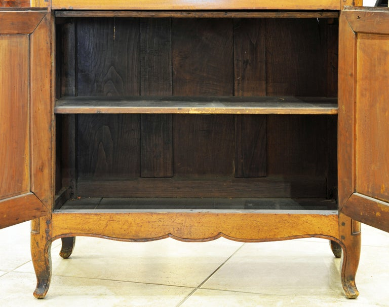 19th Century French Provincial Walnut Secretary Desk or Secretaire a Abattant For Sale 10