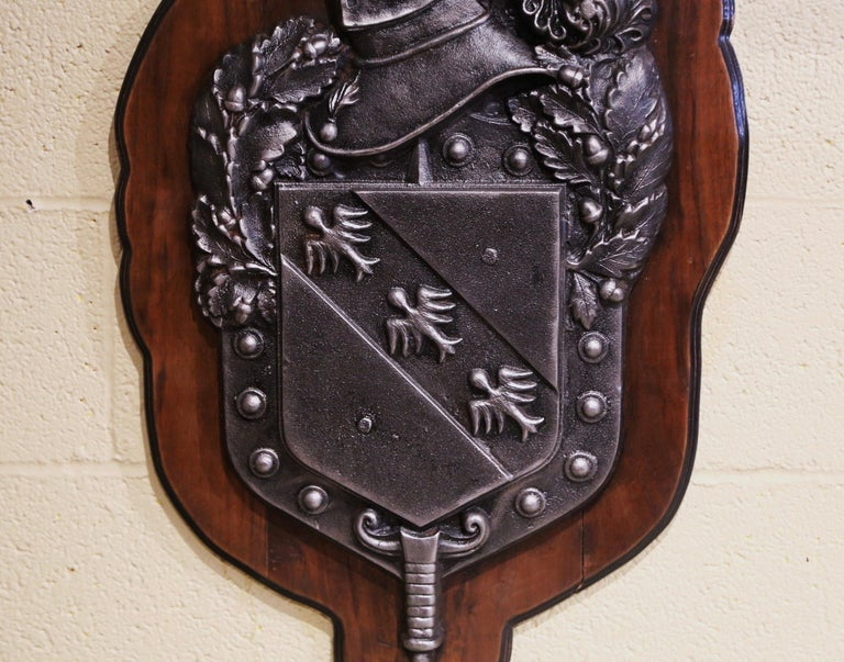 19th Century French Renaissance Style Polished Iron Crest on Walnut Plaque For Sale 1