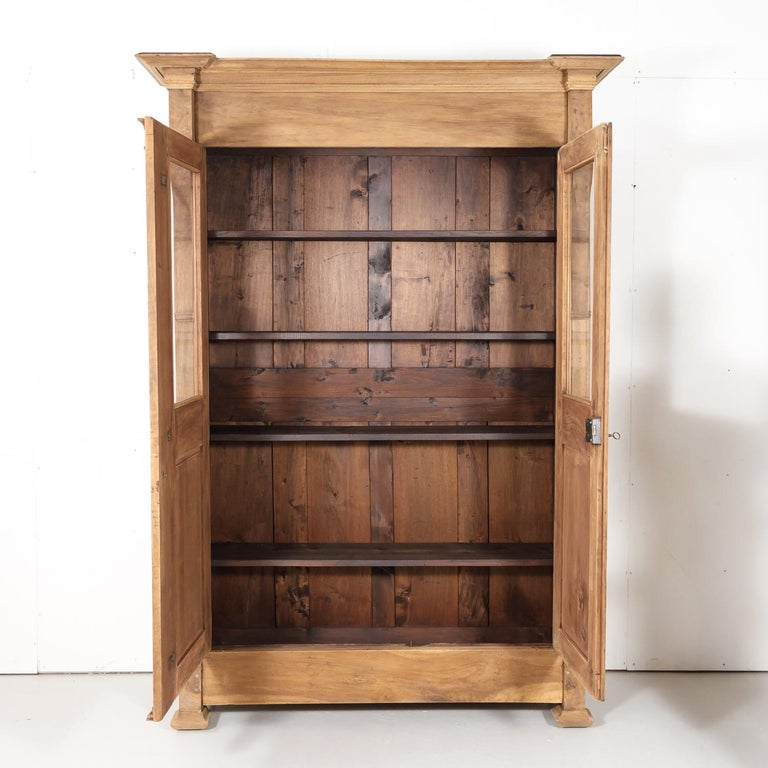 19th Century French Restauration Period Bleached Walnut Bibliotheque or Bookcase In Good Condition For Sale In Birmingham, AL