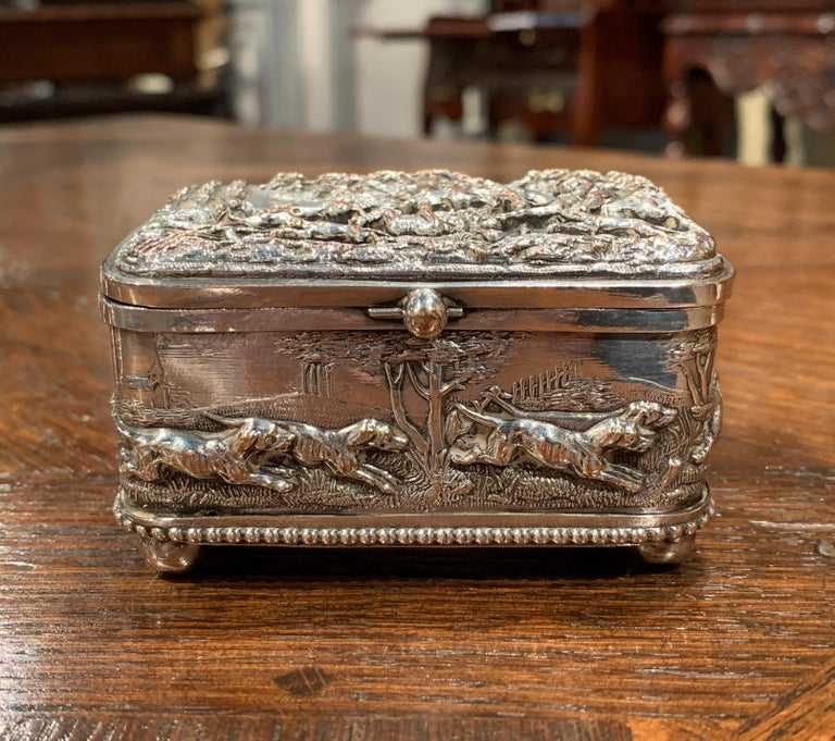 Hand-Carved 19th Century French Silver Plated on Copper Jewelry Box with Repoussé Hunt Motif For Sale