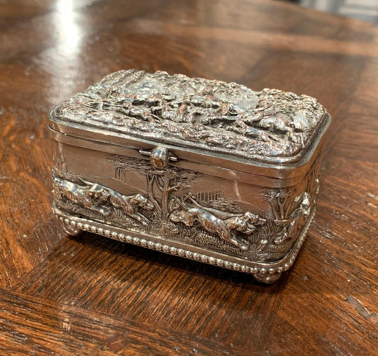 19th Century French Silver Plated on Copper Jewelry Box with Repoussé Hunt Motif For Sale 1