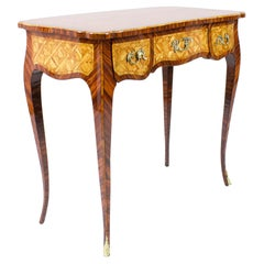 19th Century French Small Louis XV Trelliswork Ladies' Desk or Bureau Plat