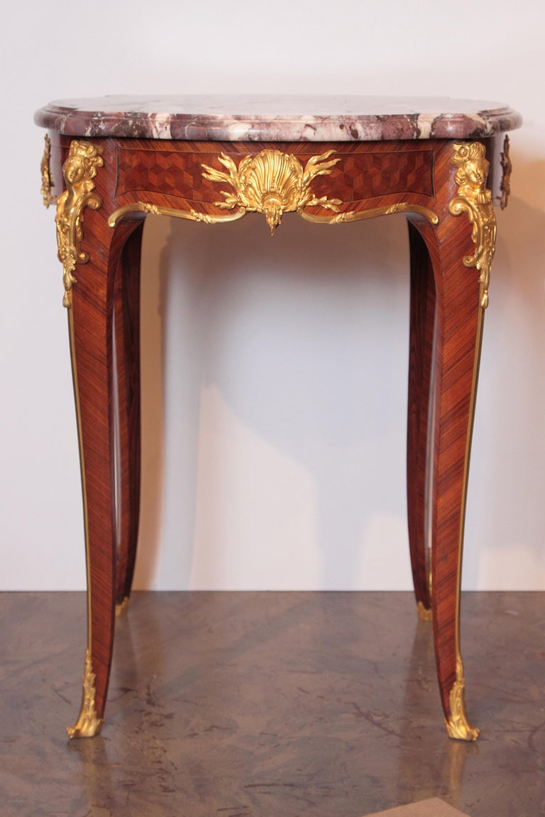 19th century French Louis XV side table signed F. Linke. Marble top and fine gilt bronze.