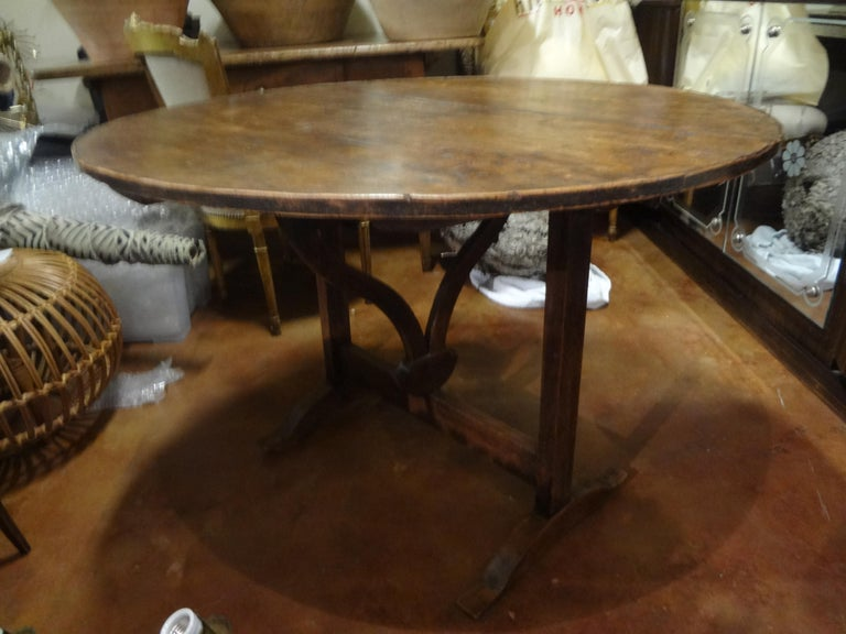 19th Century French Walnut Wine Tasting Table For Sale 7