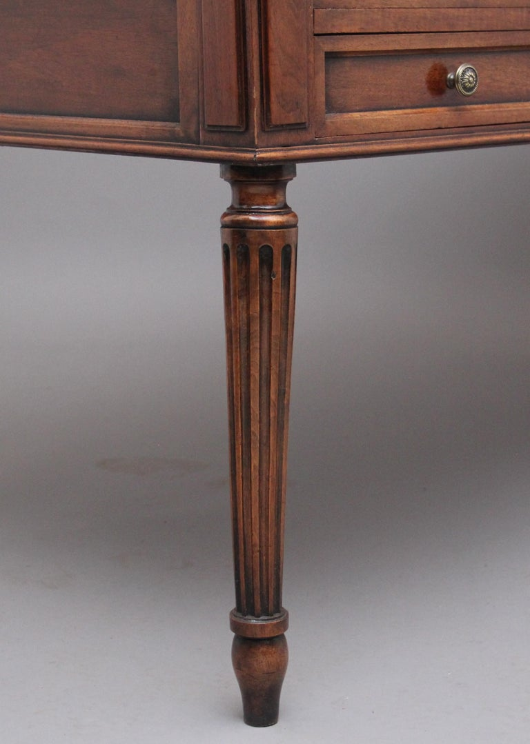 19th Century French Walnut Writing Table For Sale 7