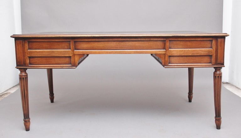 19th Century French Walnut Writing Table For Sale 3
