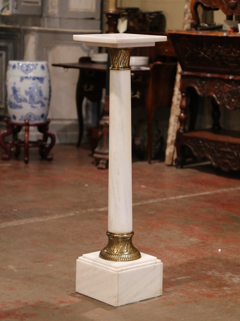 Napoleon III 19th Century French White Marble Pedestal with Brass Rings and Swivel Square Top For Sale
