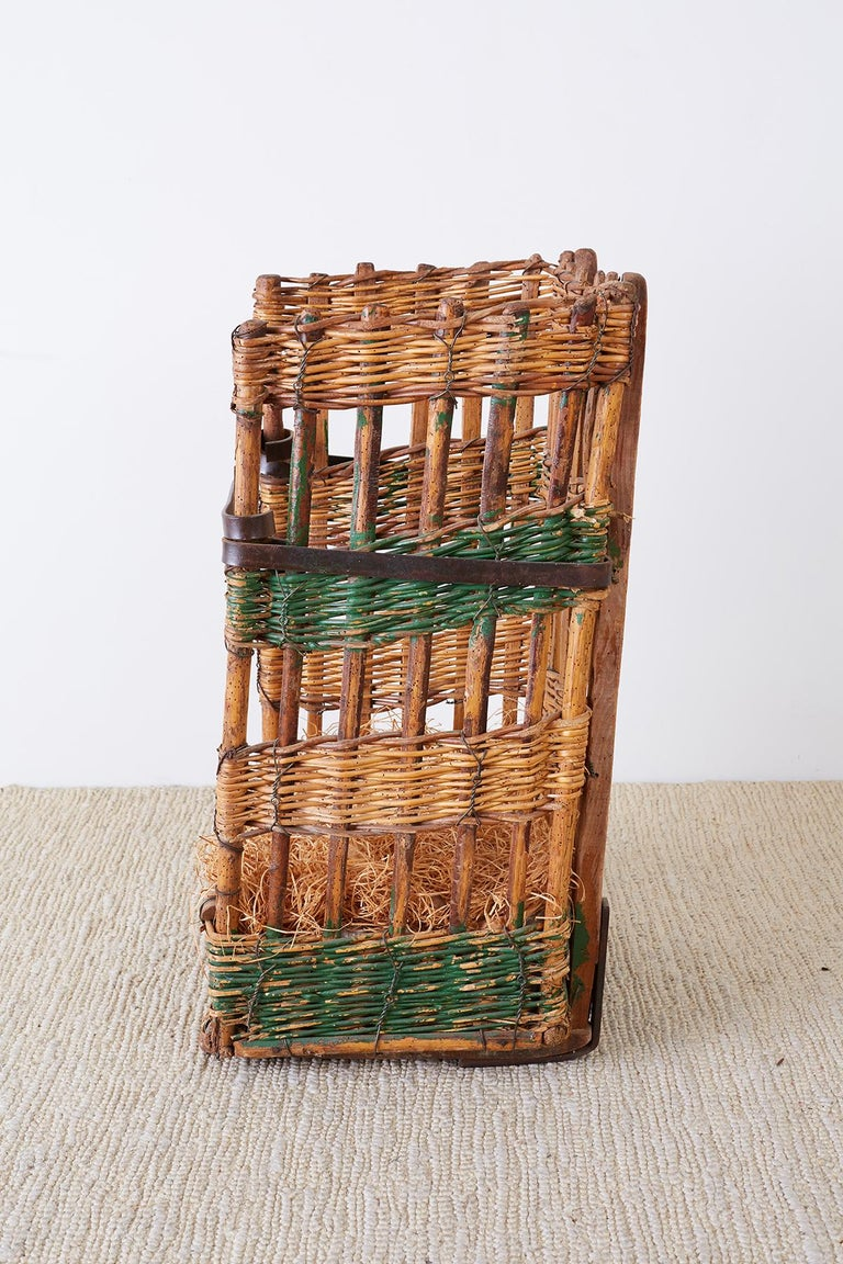 19th Century French Wicker Harvest Display Basket For Sale 6