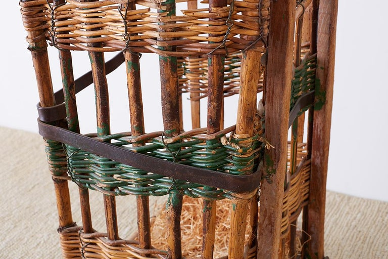 19th Century French Wicker Harvest Display Basket For Sale 7