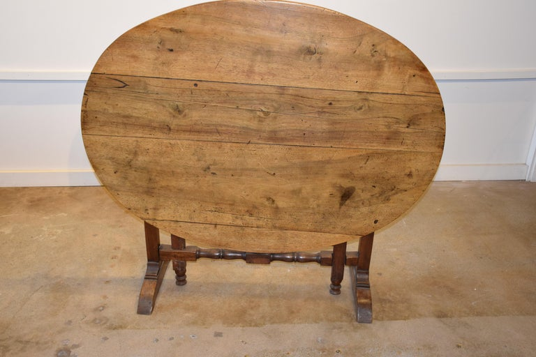 19th Century French Wine Tasting Table For Sale 4