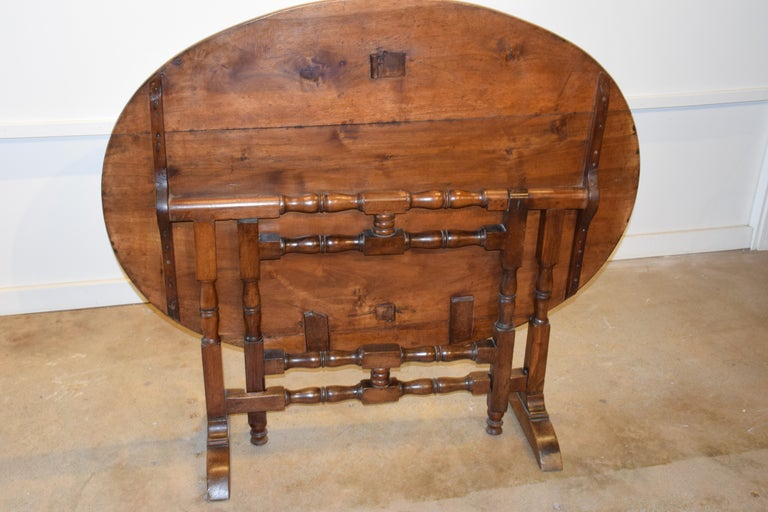 19th Century French Wine Tasting Table For Sale 5
