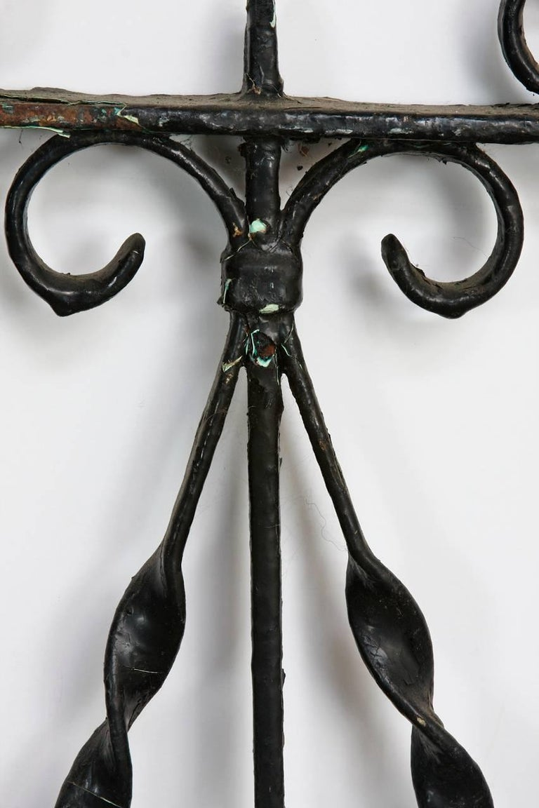 19th Century French Wrought Iron Fence Railing Fragment For Sale 2