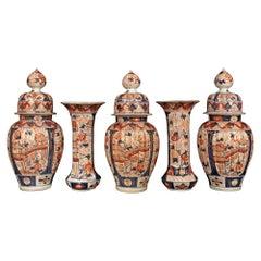 19th Century Garniture Set of Five Imari Porcelain Vases and Lidded Urns