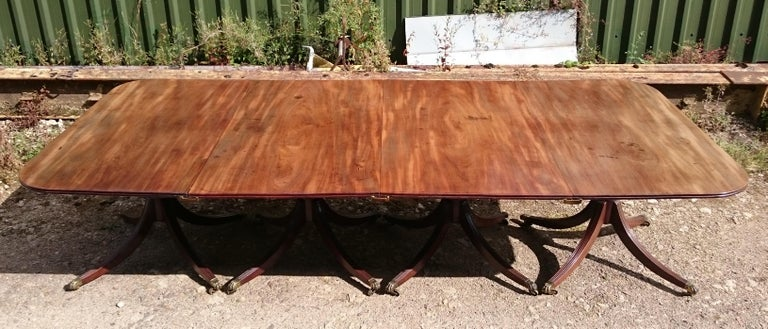 19th Century George III Period Mahogany Four Pedestal Antique Dining Table In Good Condition In Gloucestershire, GB