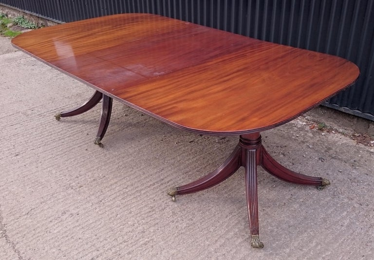 British 19th Century George III Period Mahogany Twin Pedestal Antique Dining Table For Sale
