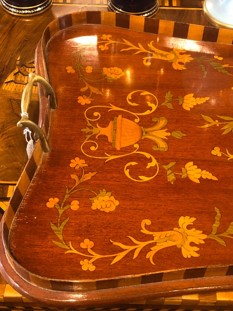 English 19th Century George III Wood Mahogany Inlay Tea Tray Tables Dishes, 1820s For Sale