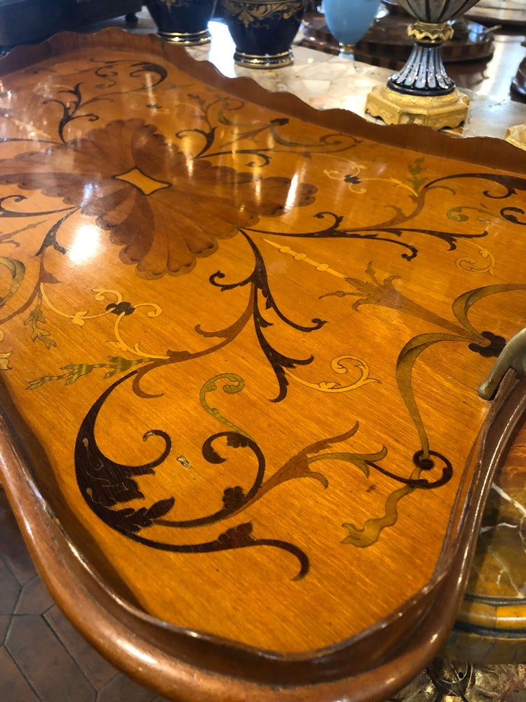 19th Century George III Wood Mahogany Inlay Tea Tray Tables Dishes, 1820s In Good Condition For Sale In Roma, RM