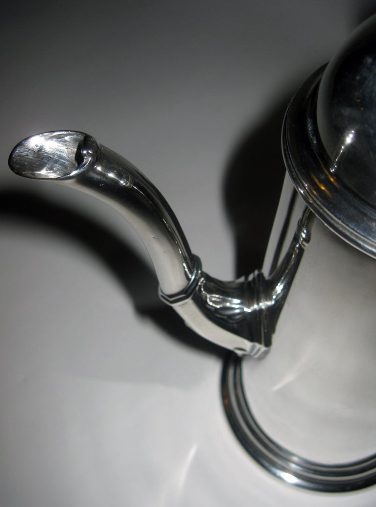 American Colonial 19th century Georgian Style Sterling Silver Coffee Server For Sale