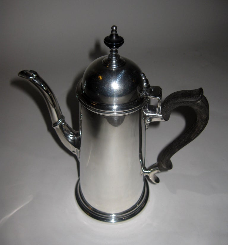 19th century Georgian Style Sterling Silver Coffee Server For Sale 1