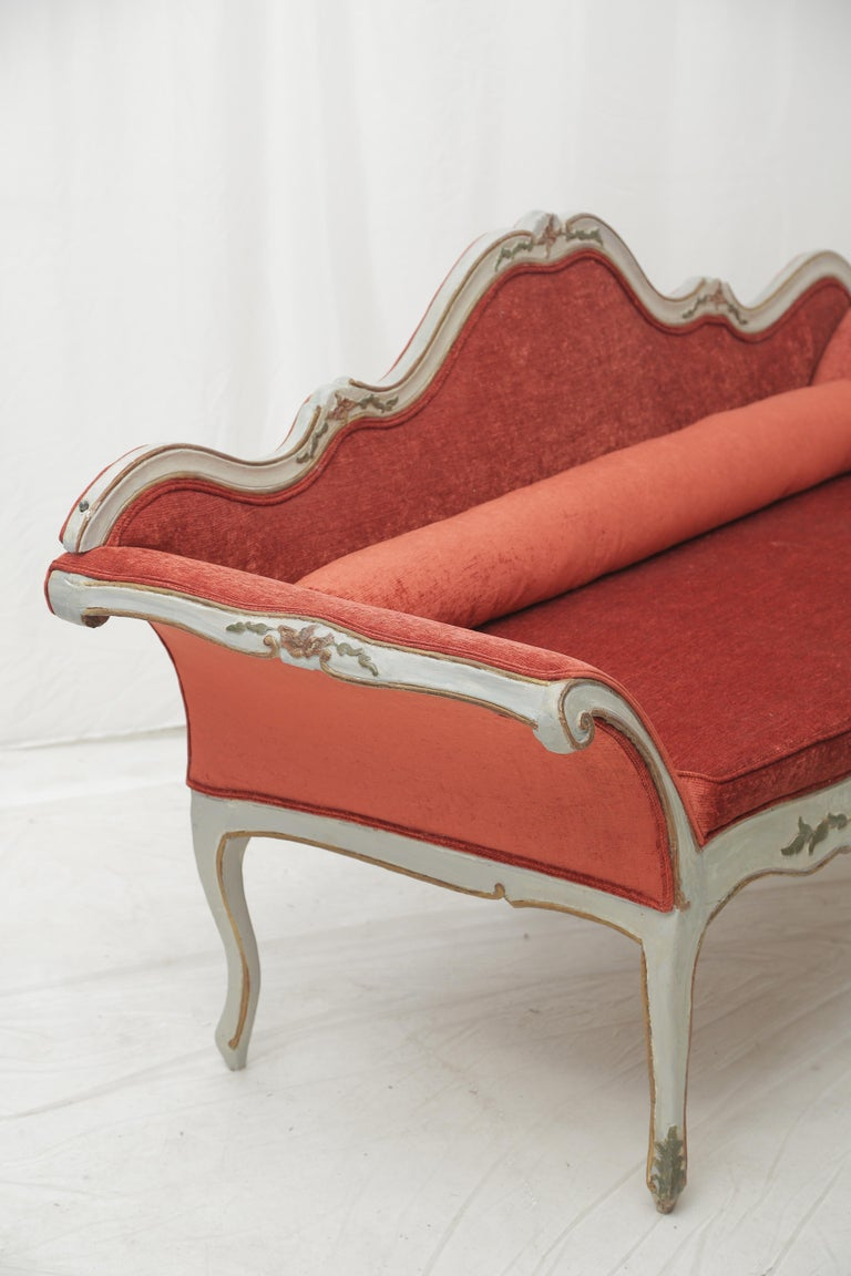 19th Century Gilded and Painted Grey Venetian Sofa with Red Velvet Upholstery For Sale 6