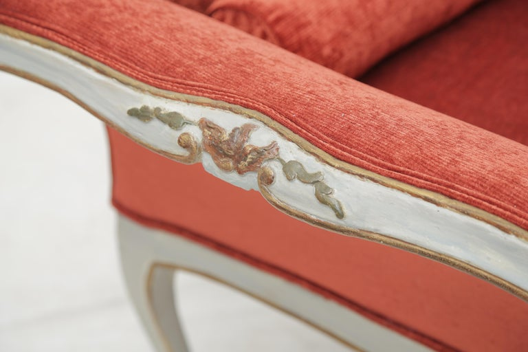 19th Century Gilded and Painted Grey Venetian Sofa with Red Velvet Upholstery For Sale 7