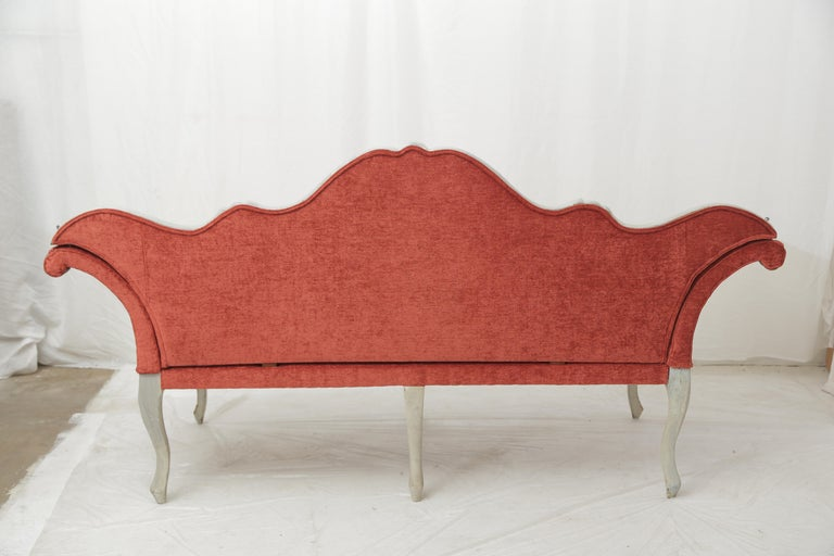 19th Century Gilded and Painted Grey Venetian Sofa with Red Velvet Upholstery For Sale 8