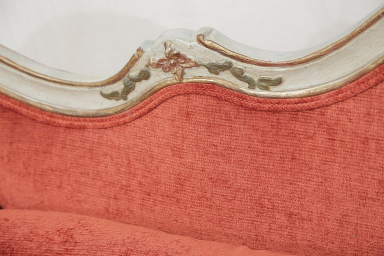 19th Century Gilded and Painted Grey Venetian Sofa with Red Velvet Upholstery In Good Condition For Sale In Miami, FL
