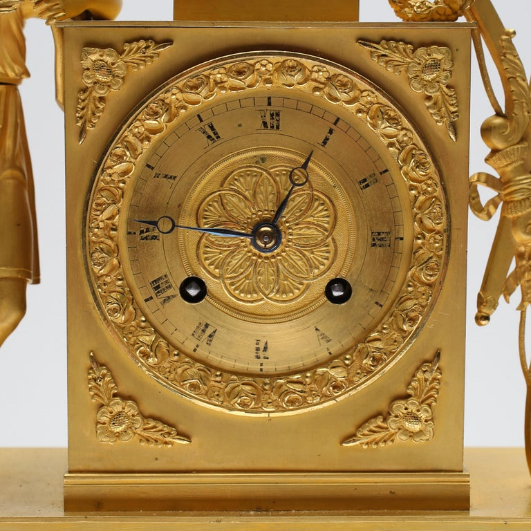 19th Century Gilt Brass Table Mantle Clock For Sale 1