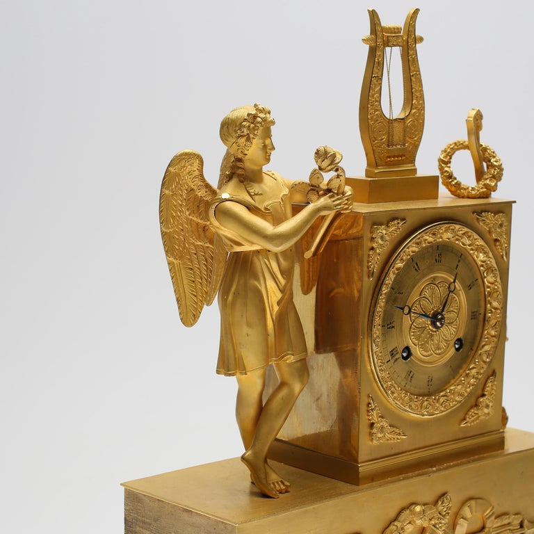 19th Century Gilt Brass Table Mantle Clock For Sale 2