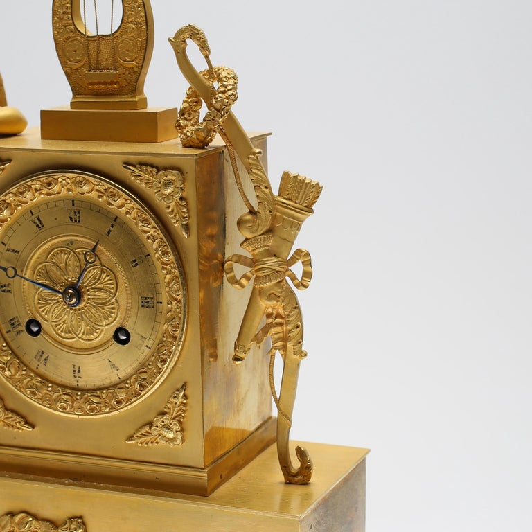 19th Century Gilt Brass Table Mantle Clock For Sale 3