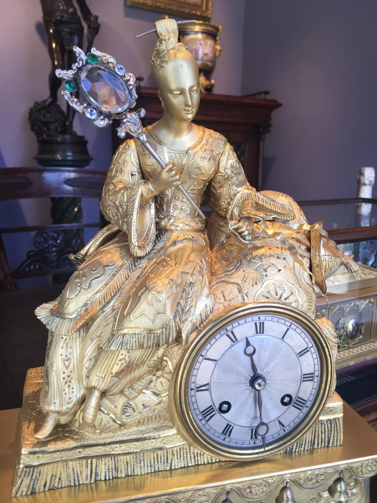 19th Century Gilt Bronze Mantle Clock in the Chinoiserie Taste For Sale 1