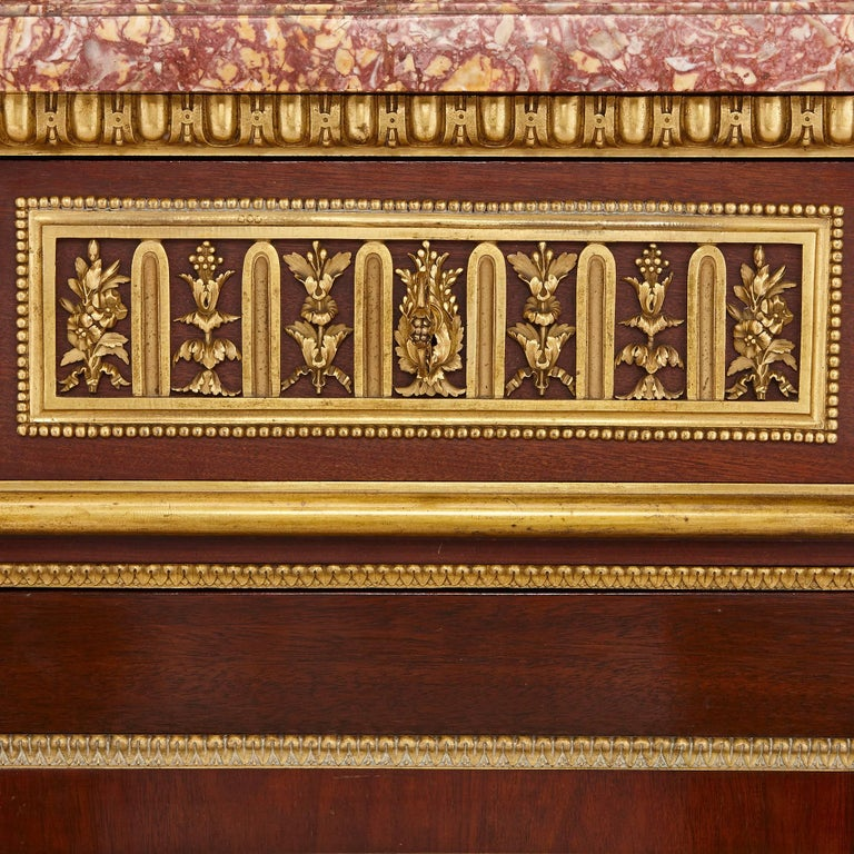19th Century Gilt Bronze, Mahogany and Marble Cabinet by Dasson In Excellent Condition For Sale In London, GB
