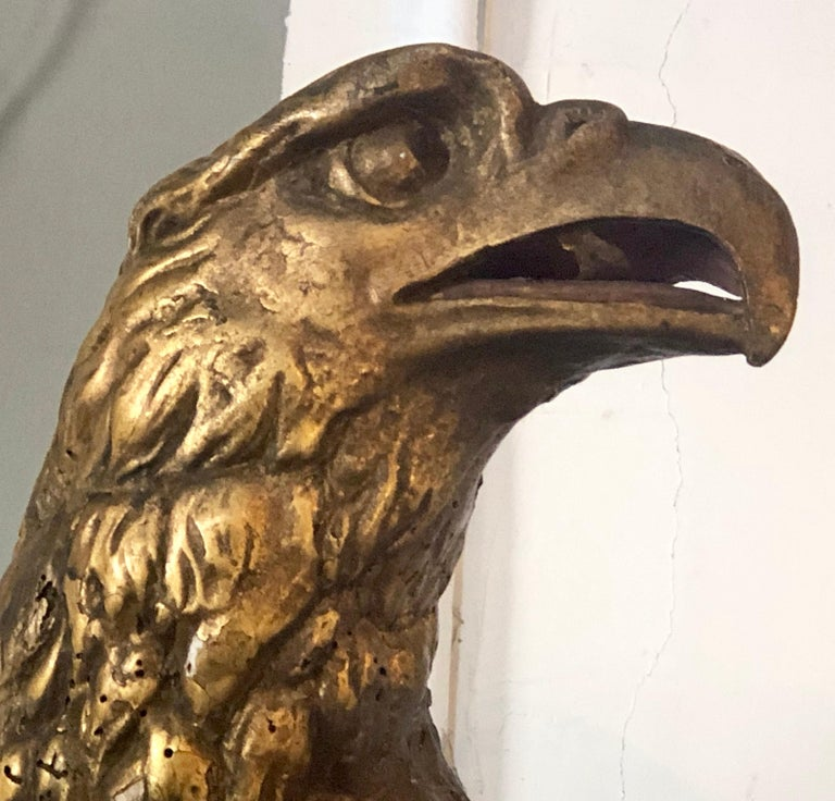 19th Century Giltwood Federal Carved Wall Sculpture of an American Eagle In Good Condition For Sale In Stamford, CT