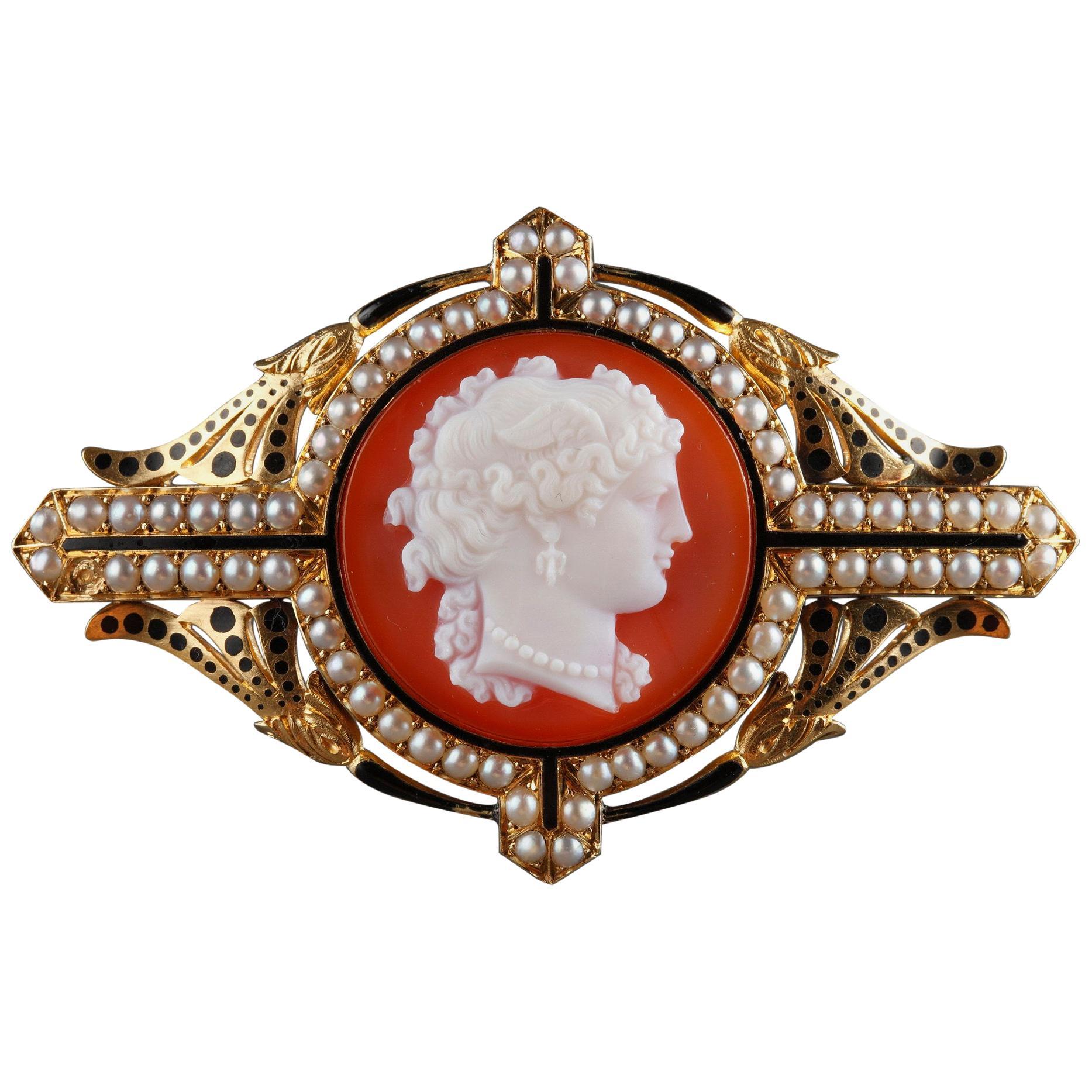 19th Century Gold Cameo Brooch